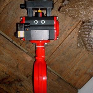 Atuador pneumático para válvula borboleta
